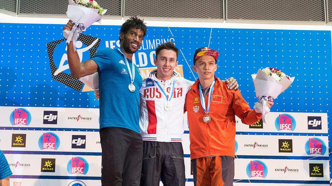 Завершился 15-й этап Кубка мира по скалолазанию в Китае